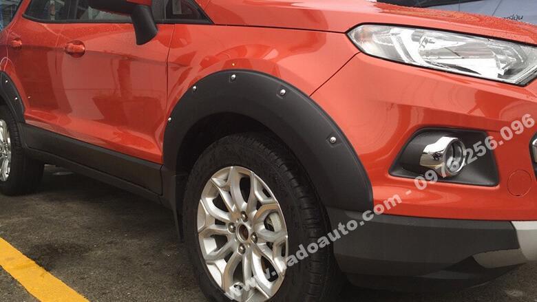 Bộ ốp cua lốp có đinh Ford Ecosport
