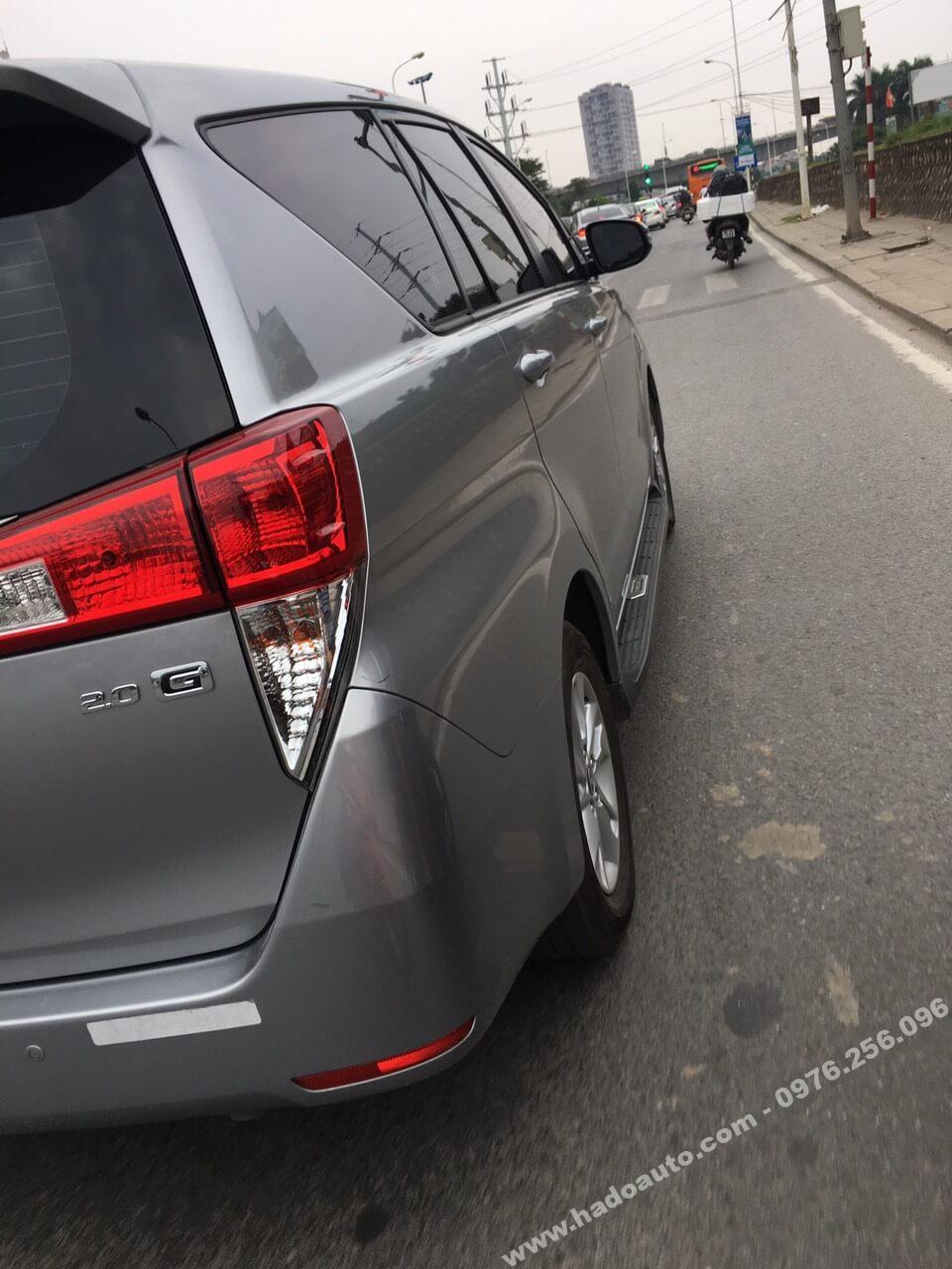 Bậc lên xuống cao cấp Toyota Innova 2017