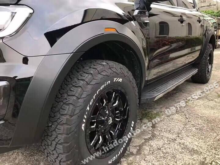 Bộ ốp cua lốp Ford Ranger mẫu trơn
