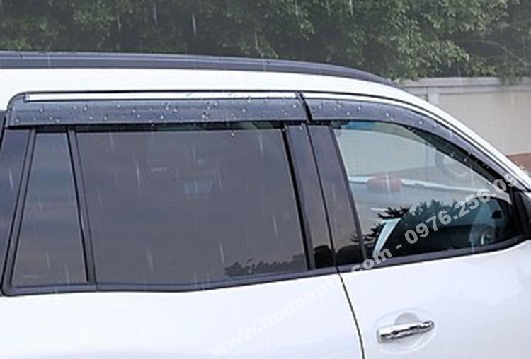 Vè mưa Nissan Terra cao cấp
