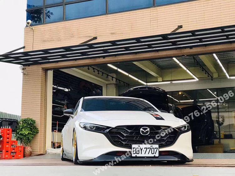 Mặt ca lăng Mazda 3 2020 mới nhất