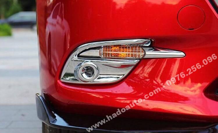Bộ ốp viền đèn gầm trước Mazda 3 2019