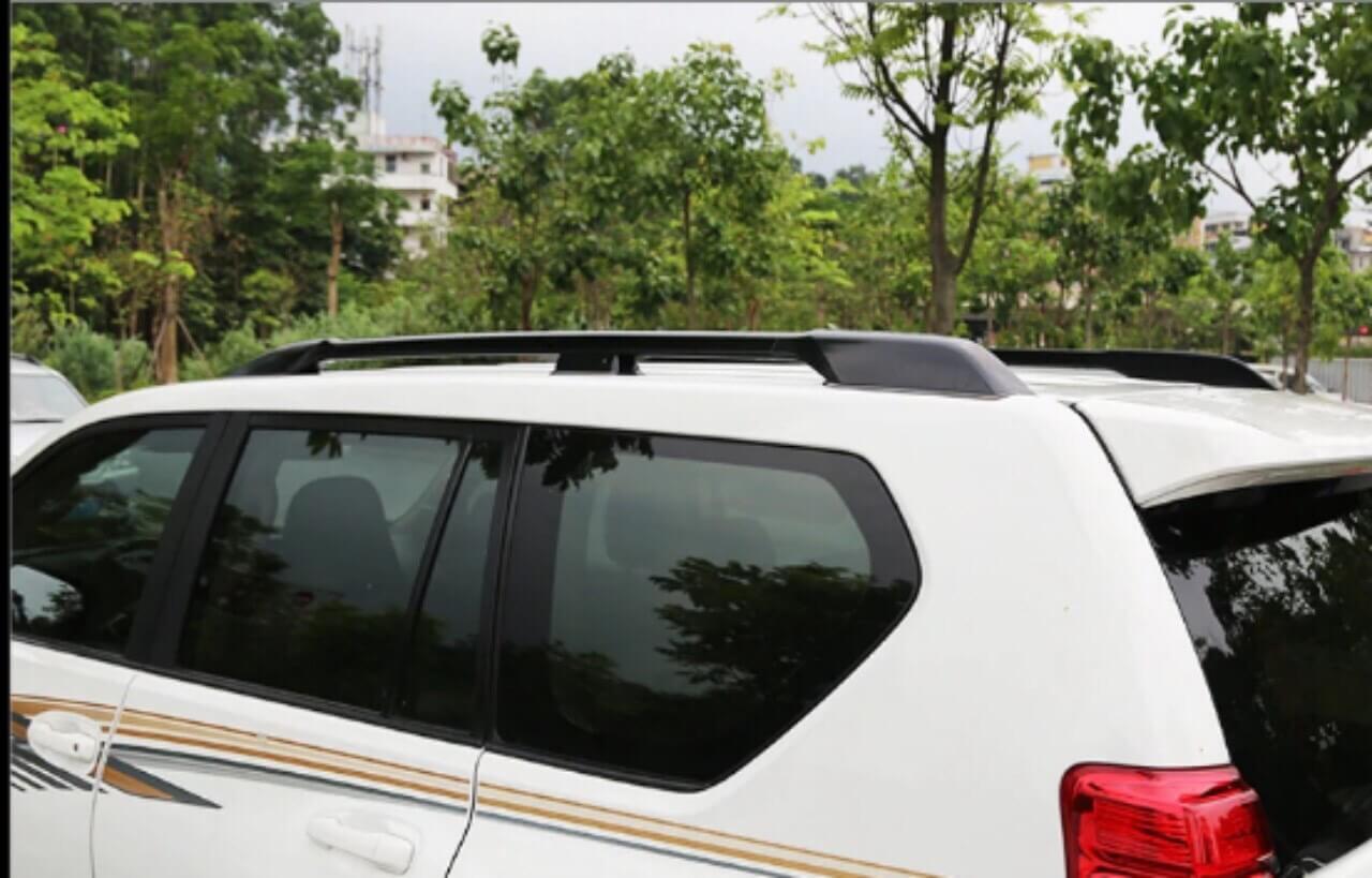 gia-noc-3-chan-Toyota-Land-Cruiser-prado-chinh-hang