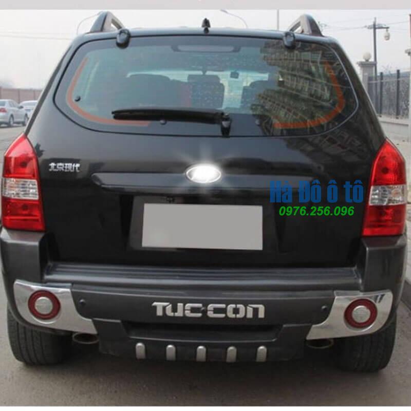 op-can-truoc-sau-hyundai-tucson-2005-2012-bao-ve-xe